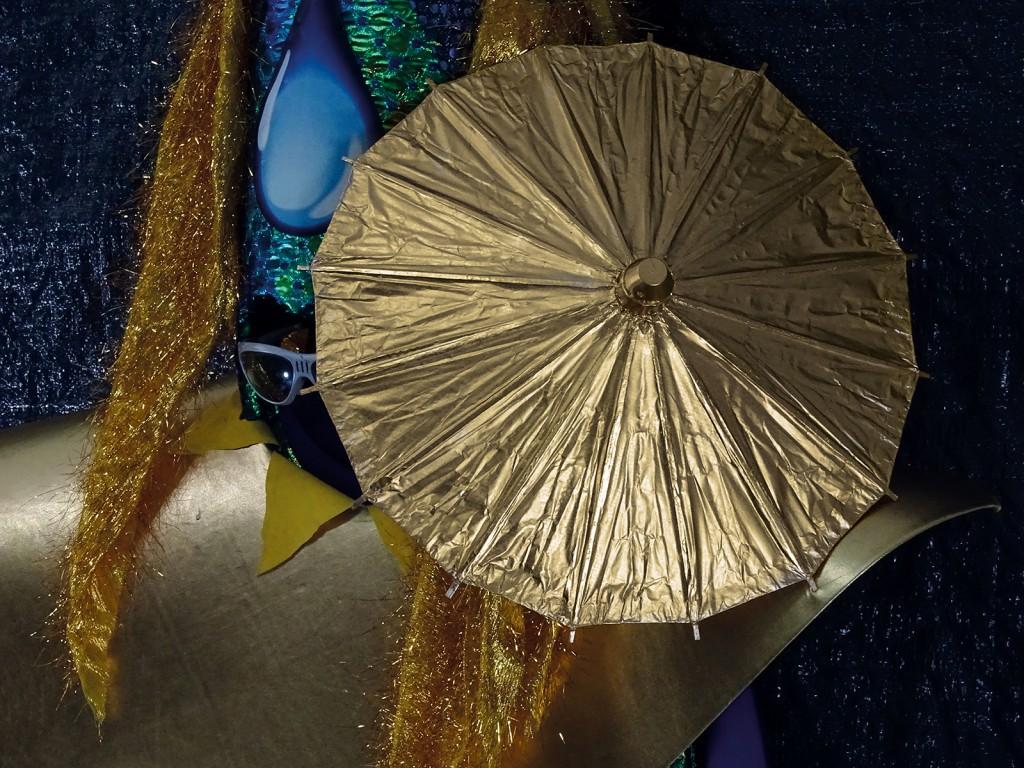 Drehender Schirm im Anmarsch